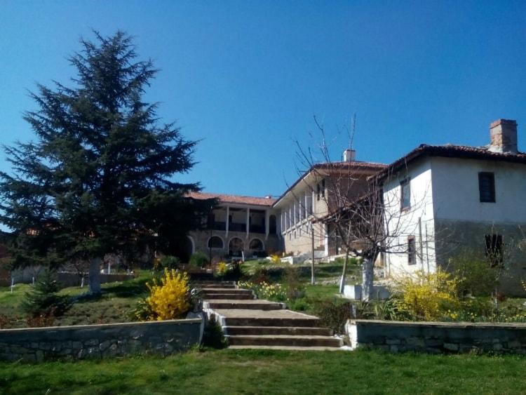 Златноливаденският манастир Свети Атанасий